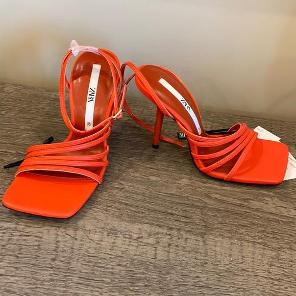 Zara heel  / sandal